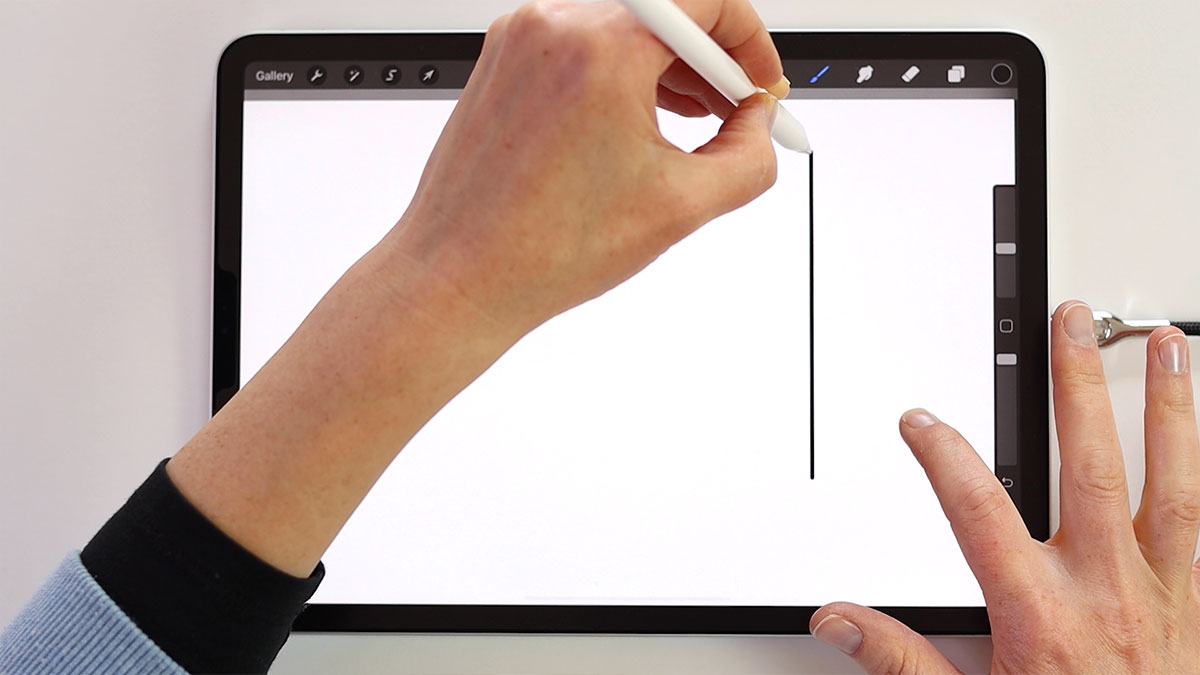 You can also draw smooth lines that are perfectly straight and are perfectly vertical or horizontal